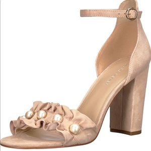 Brand New Marc Fisher King Pearl Ruffle Sandals